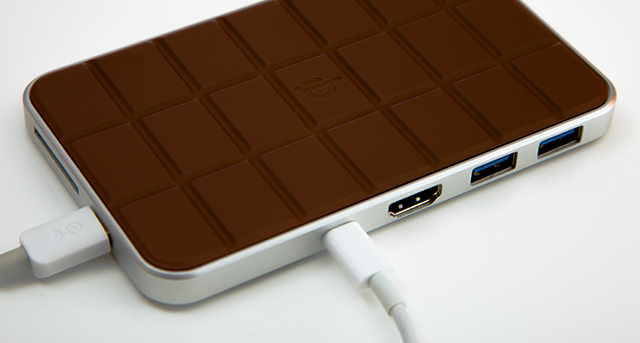 Chocolate hub 2 charges your iPhone, MacBook
